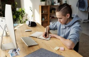 mesa escritorio adolescente