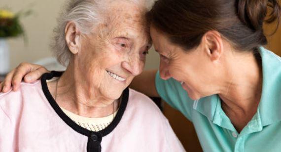 que regalar a persona con alzheimer