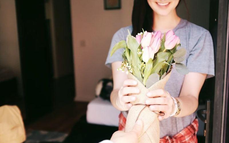 regalo confinamiento cumpleaños kit rosas